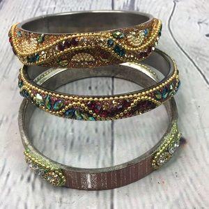 5/$25 Victorian beautiful gem bangle set of 3